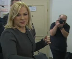 Janu Nagyovou i zpravodajské důstojníky soud zatím nepravomocně zprostil obžaloby. Reprofoto: ČT