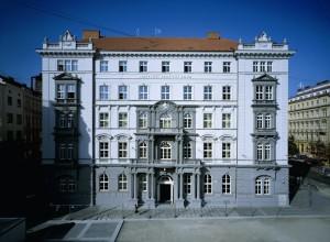 Nejvyšší správní soud v Brně je místem, kde se před smíšenými senáty ze své kárné odpovědnosti zodpovídají soudci, státní zástupci a soudní exekutoři. Foto: archiv