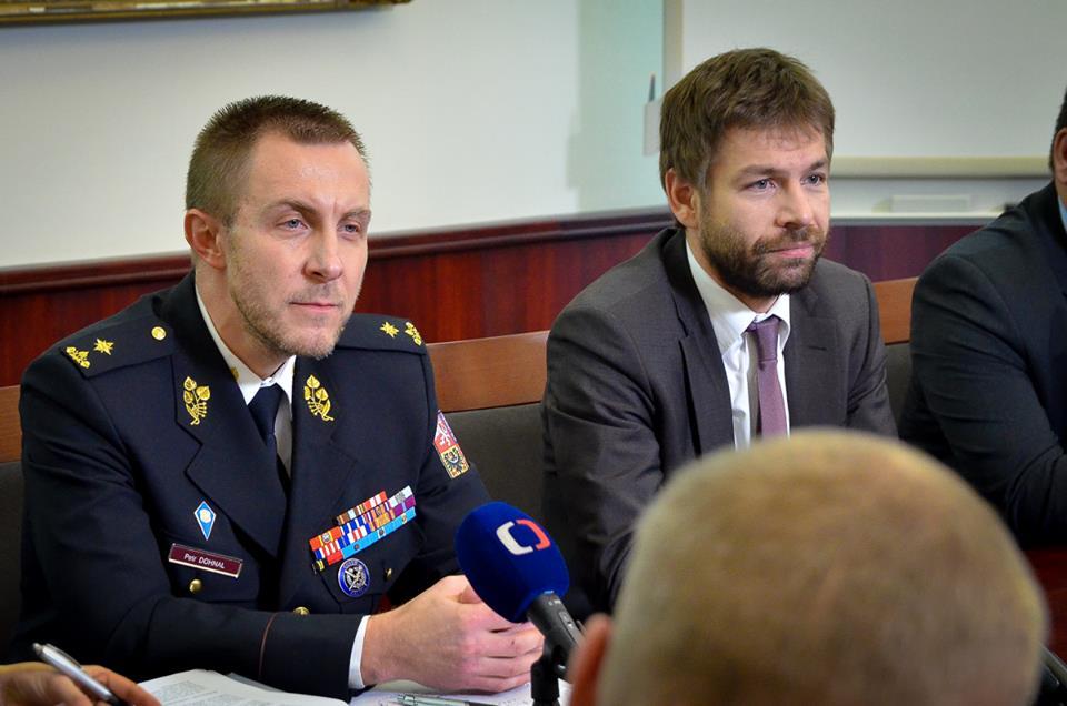 Ministr Pelikán s generálním ředitelem Vězeňské služby Petrem Dohnalem Foto: MSp