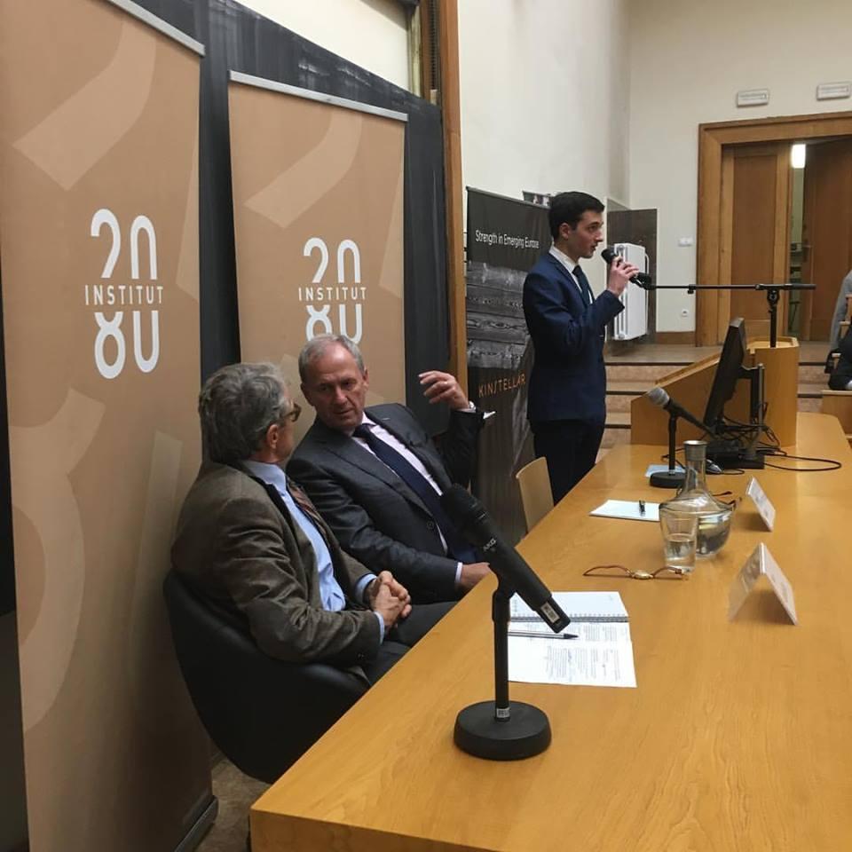 Debata na půdě pražské právnické fakulty probíhá již tradičně ve spolupráci se spolkem českých právníků Všehrd Foto: Institut 2080
