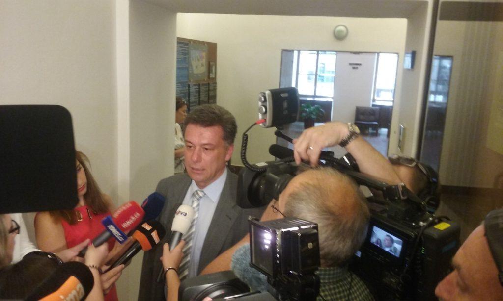 Pavel Blažek přichází na jednání vyšetřovací komise Foto: Eva Paseková