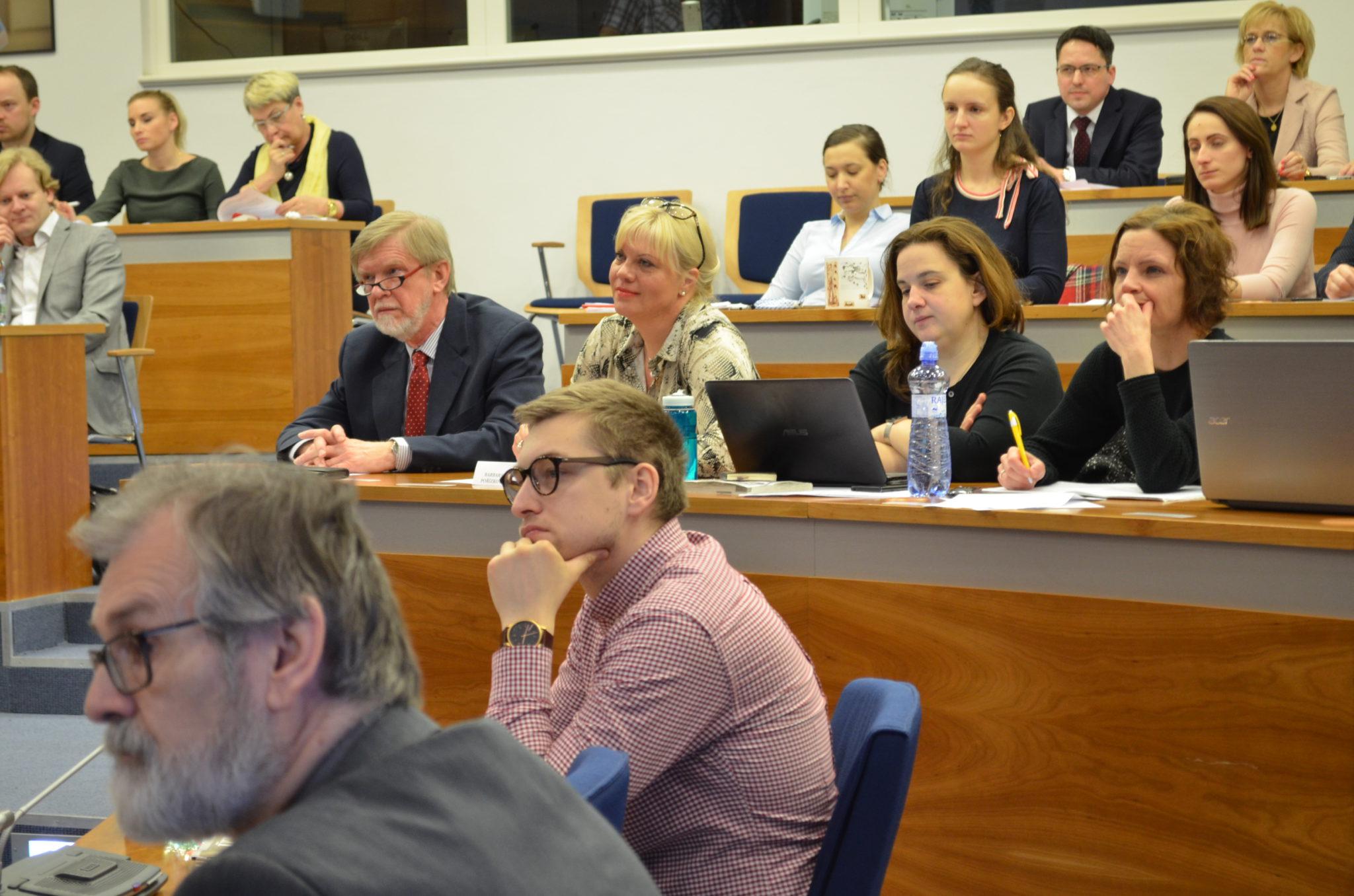 Èeská-Justice.cz - aktuální pehled zpráv a èlánkù