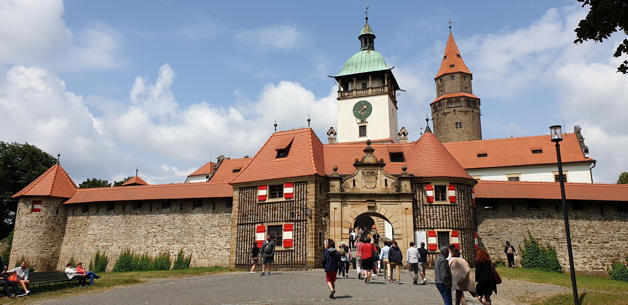 Bouzov hrad - NP - Nrodn pamtkov stav