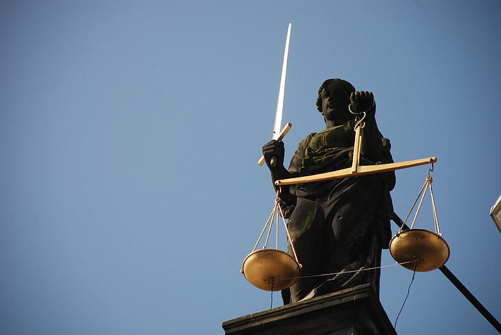 Vkládání skrytých výjimek do zákonů a jejich možné důsledky
