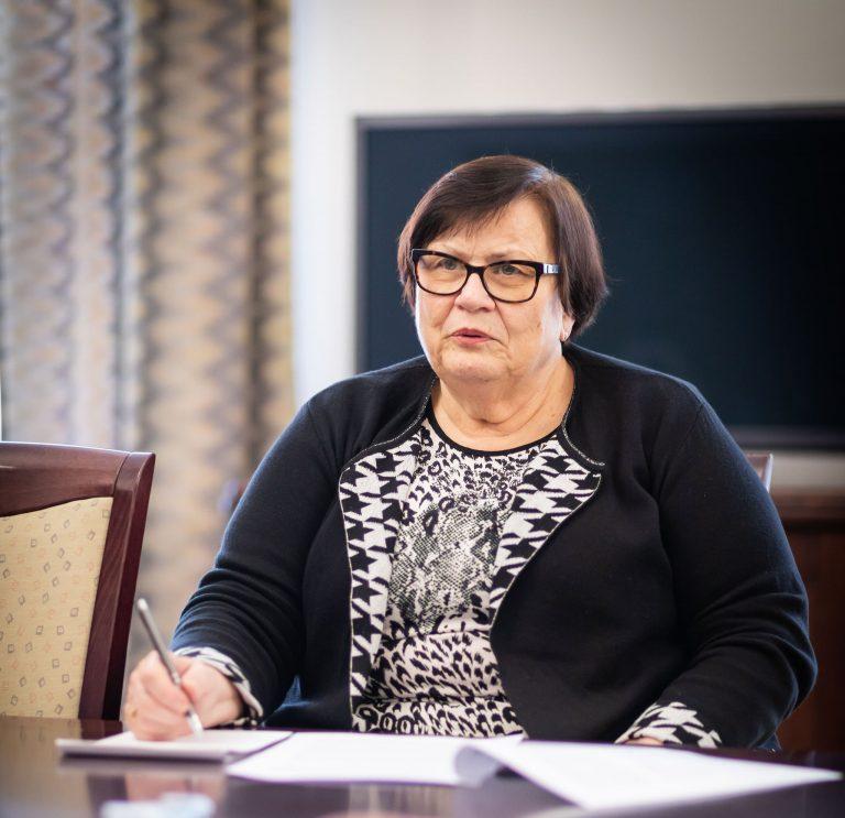 Neúspěšná intervence ministryně spravedlnosti Benešové vneprospěch nutné obhajoby